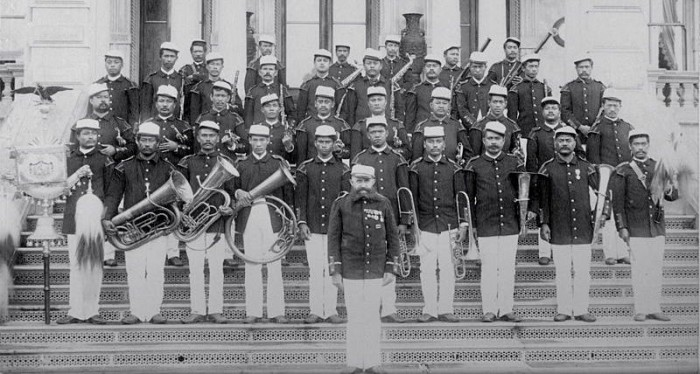 Royal_Hawaiian_Band_1889