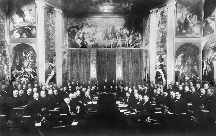 1899_Peace_Conference_the_Hague